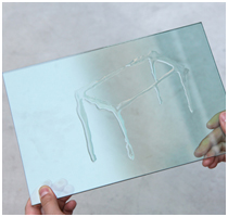 Luminous Glass Table by Tokujin Yoshioka - Featured Image